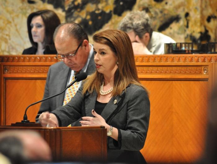 XGR Women lawmakers scarce 1
